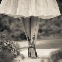 [:de]Glamouröse Strümpfe & Strumpfhosen mit aufregender Naht für den ganz großen Auftritt[:en]Glamorous Stockings & Tights with thrilling Seams[:]