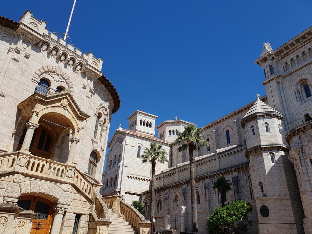 Hübsche Gebäude in der Altstadt von Monaco