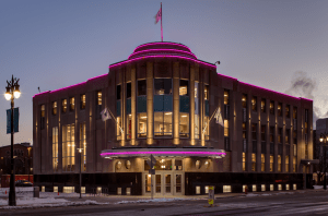 The exterior's unique Art Deco character was intact, so HAA restored the building's front and side façades to their original appearance and added marquee lighting to highlight the structure at night.