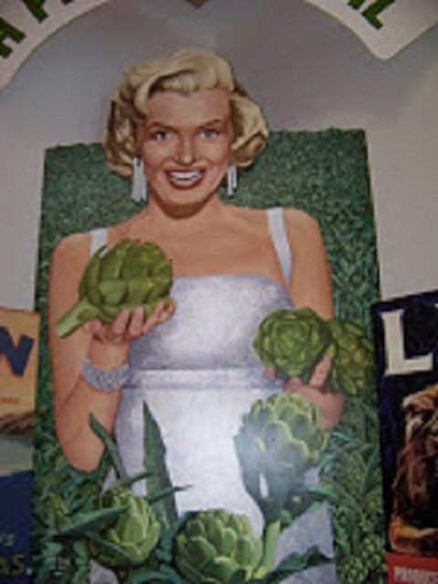 Marilyn Monroe - Artichoke Queen