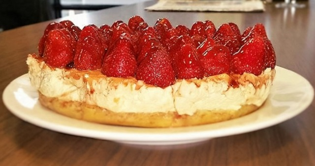 Strawberry Cheesecake with White Chocolate & Macadamia Brownie Base