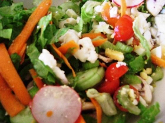 Salad + Dessing=Delicious!