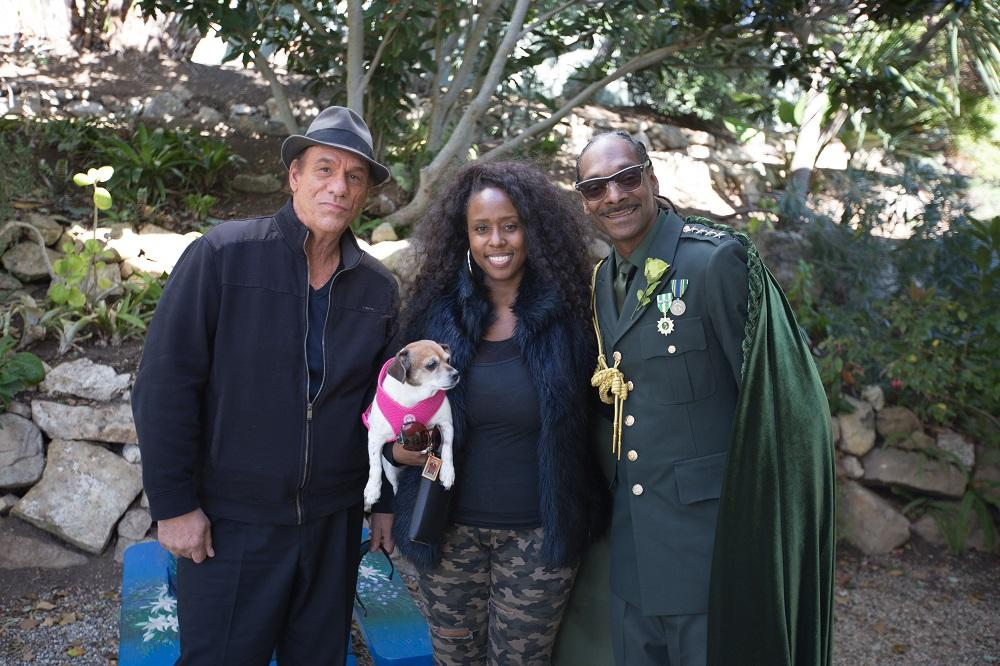 Behind the Scenes: (L to R) Robert Davi, Producer/actress Angelique Fawcette, and Snoop Dogg on the set of Unbelievable!!!!!