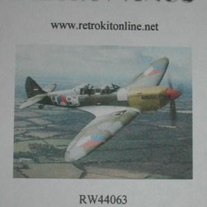 RW44063top