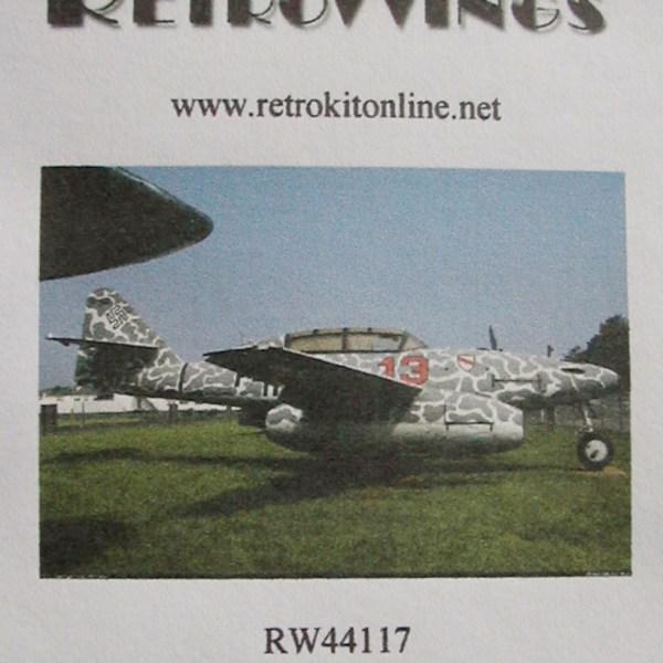 RW44117top