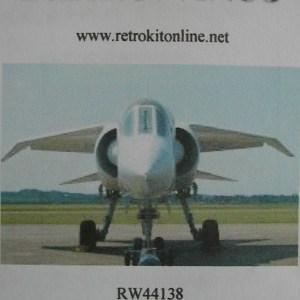 RW44138top