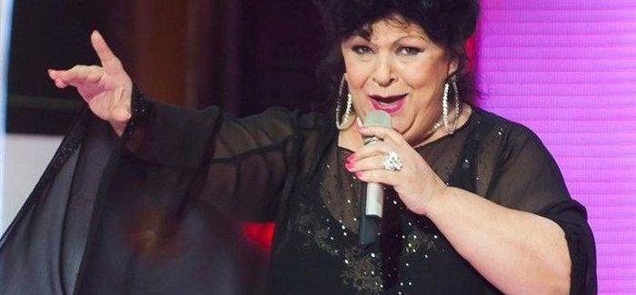Magyar sláger: Bangó Margit énekel