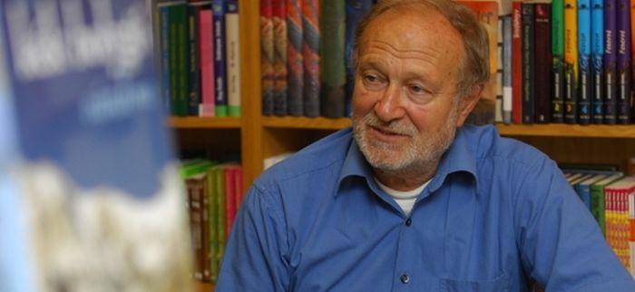 80 éves a kultikus ismeretterjesztő: Dr. Juhász Árpád