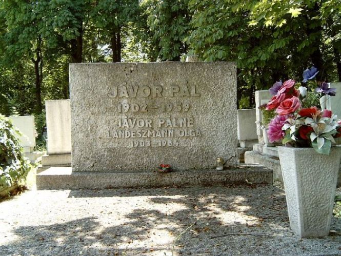 Jávor Pál síremléke