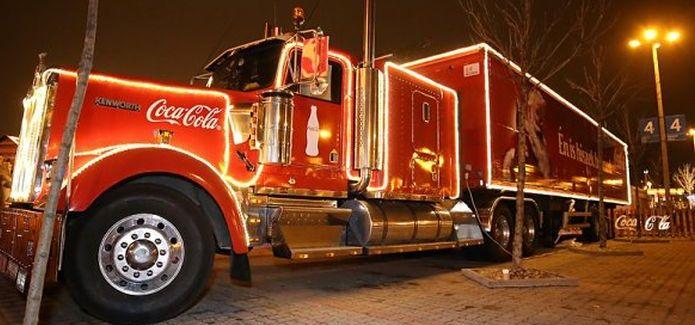 Indul a Coca-Cola Karácsonyi Karaván 2016