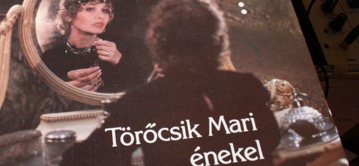 Szavazz! Melyik a kedvenc dalod Törőcsik Mari Micsoda útjaim első albumáról?