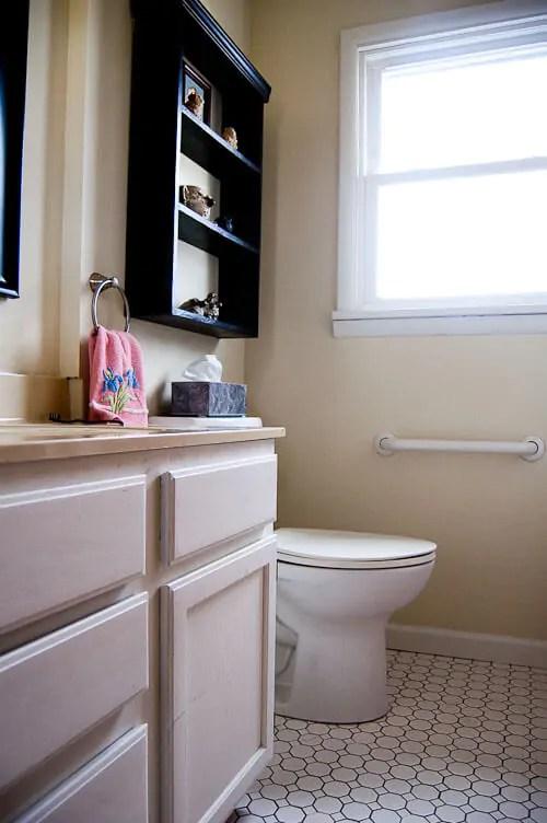Small bathroom remodel in 5 steps - Retro Renovation on Small Bathroom Renovation  id=40458