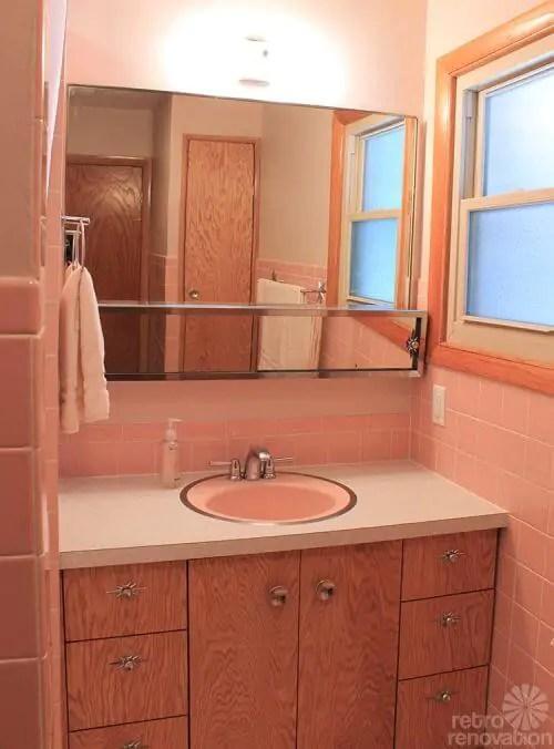 12 Reasons I Love My New Retro Pink Bathroom Kates Pink