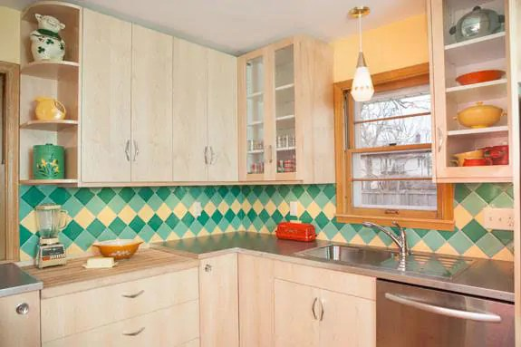 a colorful midcentury kitchen remodel