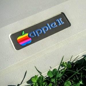 FinApple