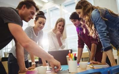 Historien om Projekt Giraf og hvordan 35 studerende blev til ét Scrum team
