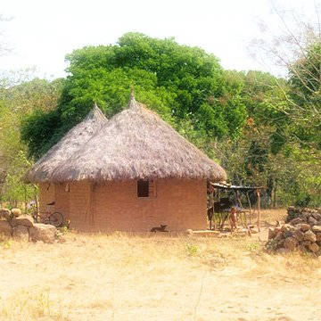 Naturkatastrophe - neue Arhuaco-Hütten