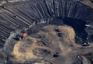 Aerial view of Syncrude Aurora tar sands mine in the Boreal forest north of Fort McMurray.