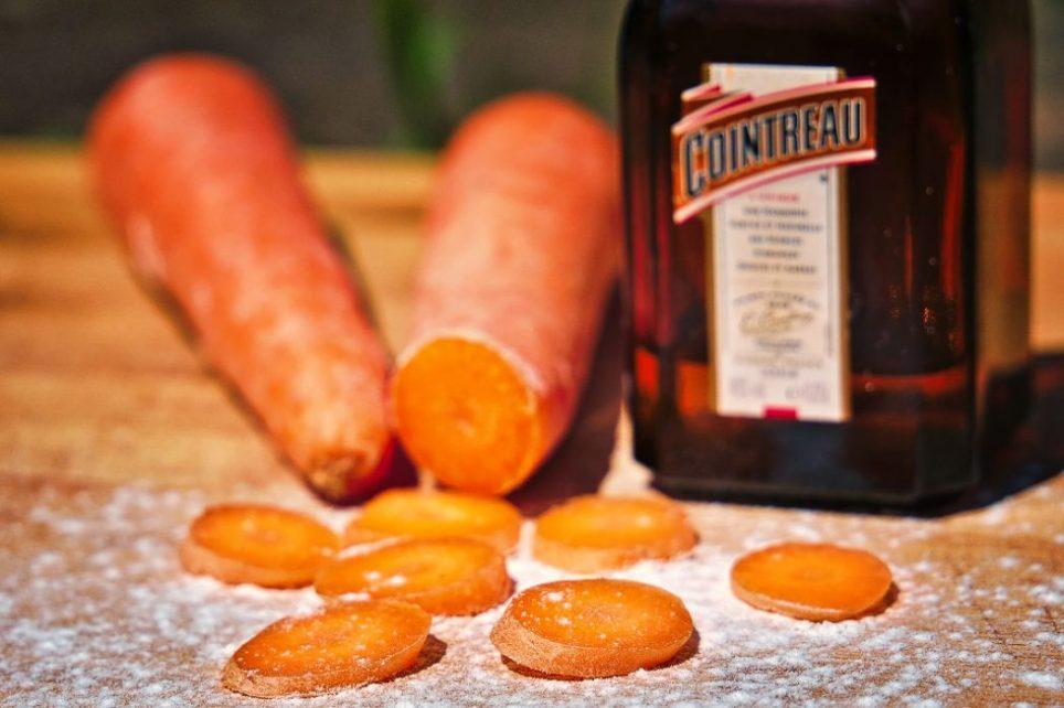 Karottenkuchen mit Marzipan