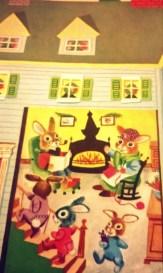 L'interno della casa dei coniglietti, la sera di Natale