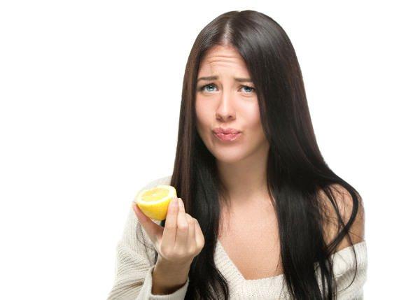 Mordre dans le citron