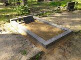Lihvitud betoonist hauapiire 1 koht hall