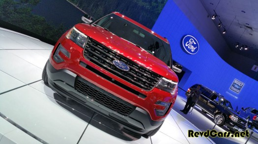 The new Ford Explorer - looks very Range Rover-esque; we like it