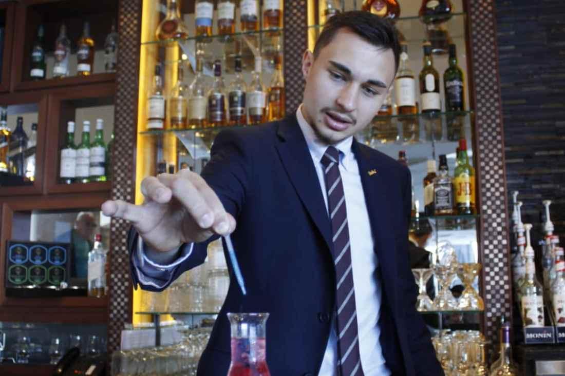 Robert Stoyanov