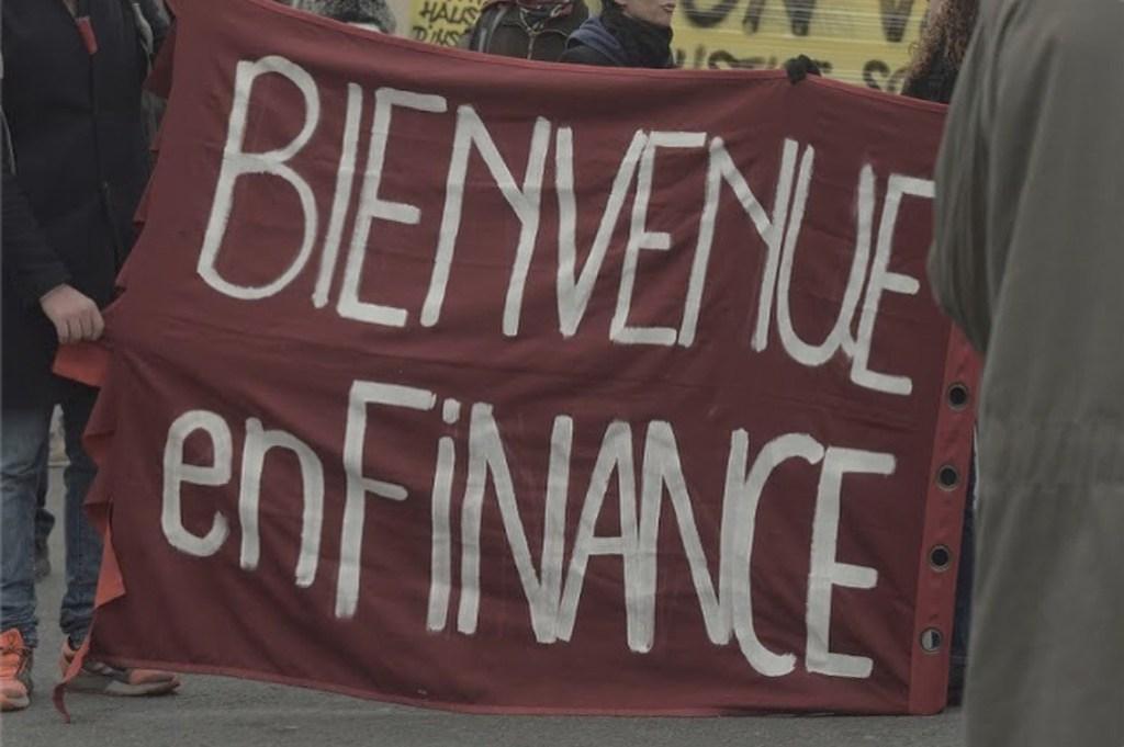 """« Bienvenides en Finanza », eslogan que burla el nombre irónico del proyecto """" Bienvenides en Francia."""