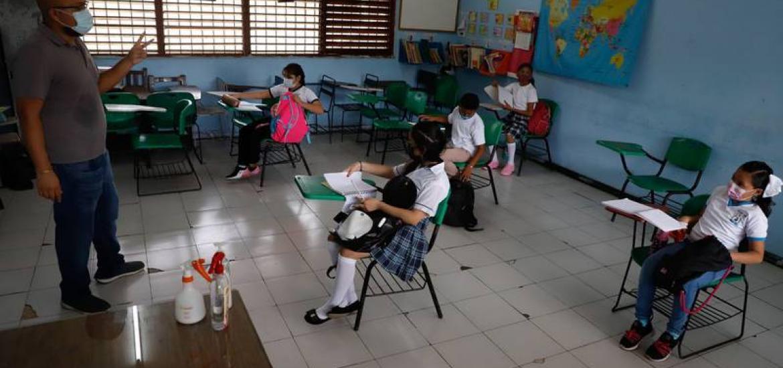 SEP da plazo para que estudiantes de educación básica vuelvan a clases presenciales
