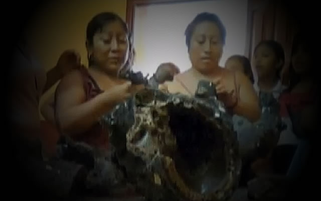 South of Yucatan Fireball: Strange Humanoid Shape