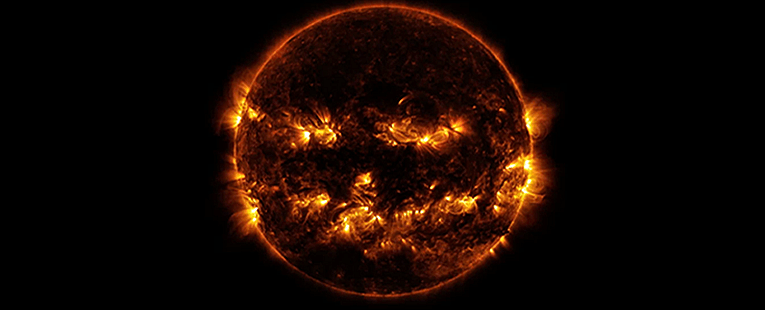 MAJOR Solar Event: The SUN Captured Blinking or Sending Morse Code?