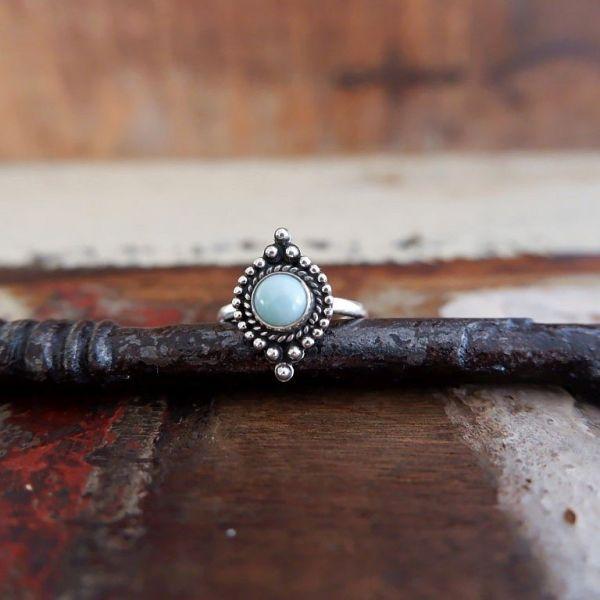 Zilveren ring met Larimar edelsteen