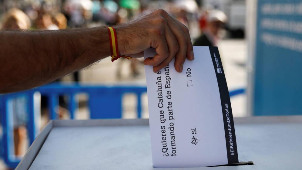 El TC declara inconstitucional y nula la ley del referéndum catalán