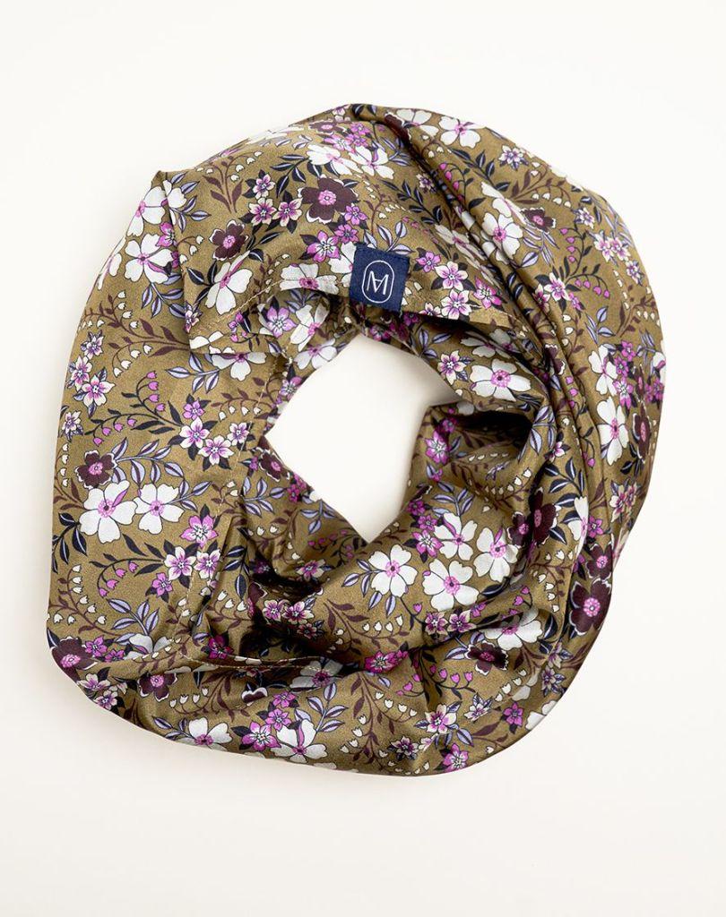 foulard-meilleur-ami-kaki