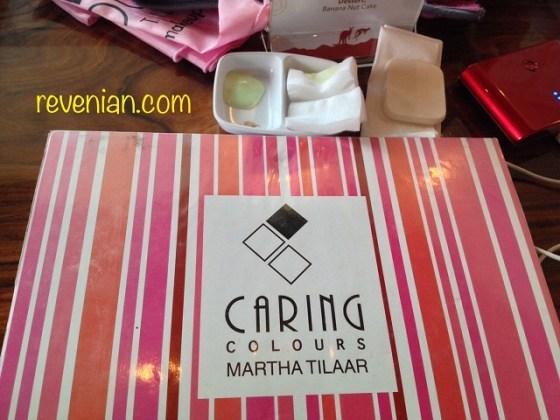 Caring Colors Makeup Pallete