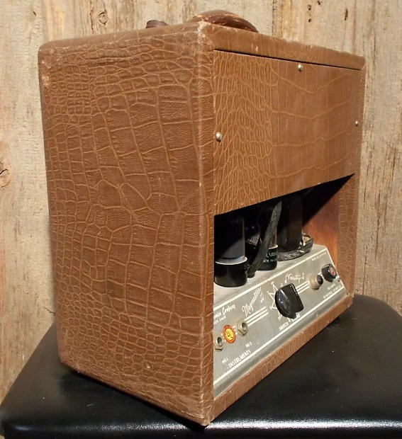 Magnatone Varsity Tube Amp