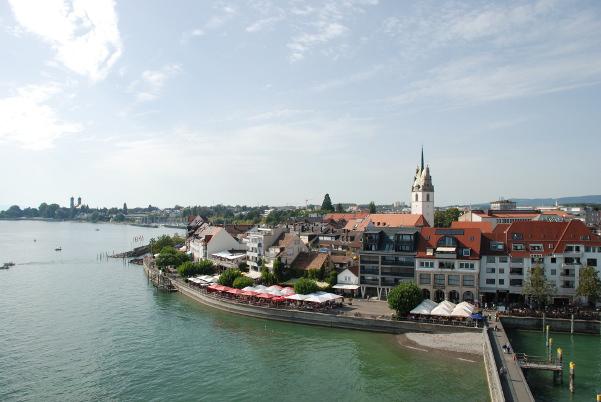 Friedrichshafen lake front (left)