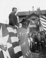 Teddy Roosevelt_in_Vermont,_1902