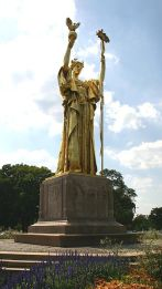 columbia-statue-of-the-republic-golden-lady