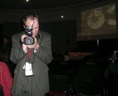 Le rédacteur en chef d'EnjoySpace.com fait son reportage (cc @oliviersanguy)