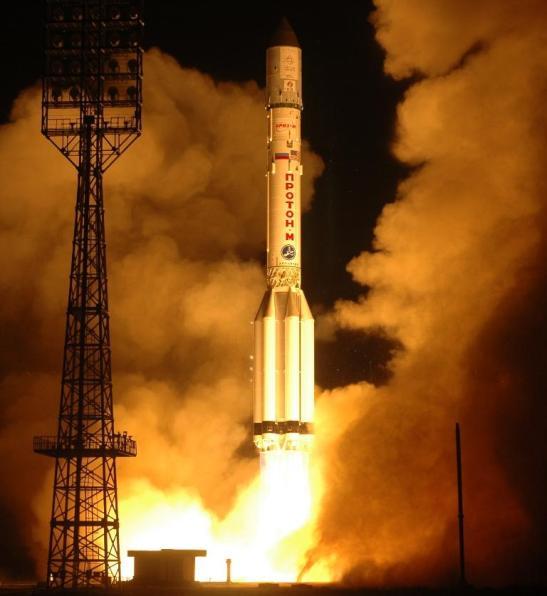 tir de BADR-4 (ou ARABSAT 4B) par une fusée PROTON le 8 novembre 2006