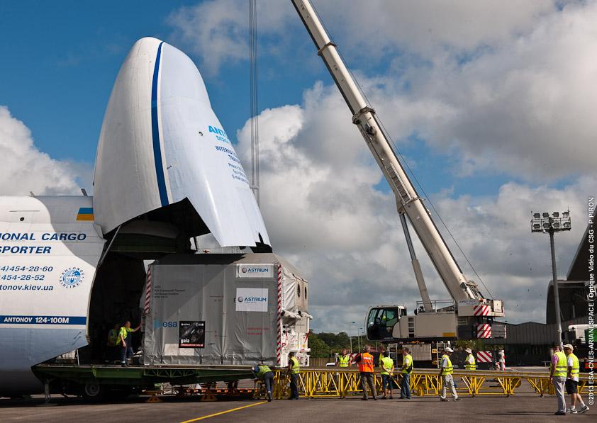 VS07 Arrivée GAIA à l'aéroport Felix Eboué, le 23/08/2013