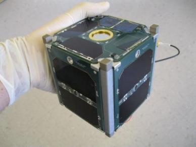 Exemple d'un cubesat NPS_SCAT (source US Navy postgraduate school)