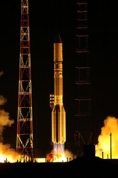 Lancement d'Inmarsat-5 F1 par Proton (source Khrunichev)