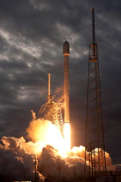 Lancement de Thaicom 6 par la Falcon 9 de Space X (source Space X)