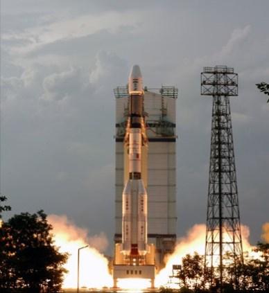 Lancement de GSLV-D5 (source  ISRO)