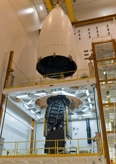Vol Ariane 217 – Encapsulation du satellite ABS-2 (source Arianespace/CSG)