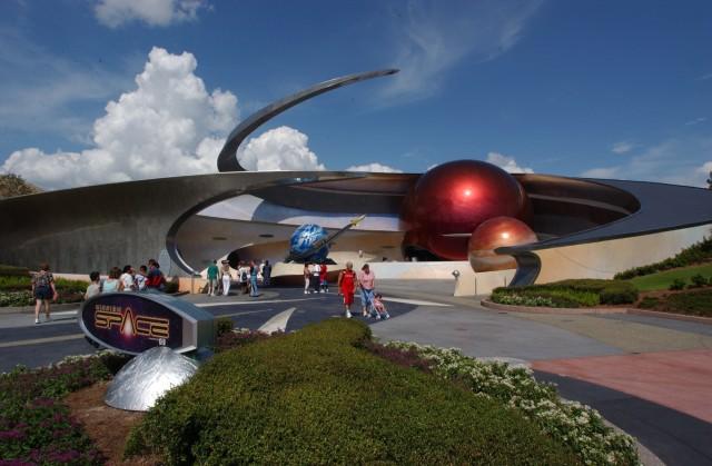 """Entrée de l'attraction """"Mission Space"""" (source wdwnews.com)"""