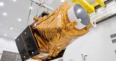 le satellite DZZ-HR en manutention (source CSG)